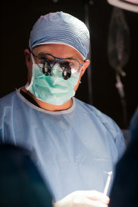 dr-monteith-best-doctor-for-untying-tubes